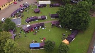 Dronevideo Sorø Folkemøde 03 cirkler om plads