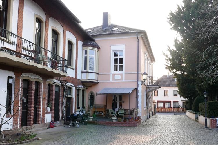 axel-schweinhardt-i-vingarden-med-leran-fuchsen