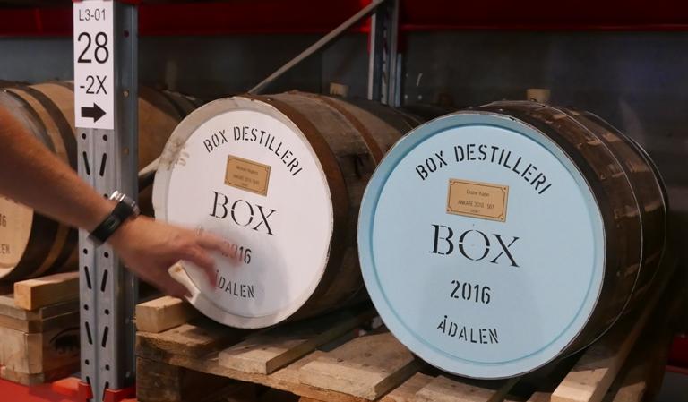 box-destilleri-adalen-svensk-whisky-vinbanken