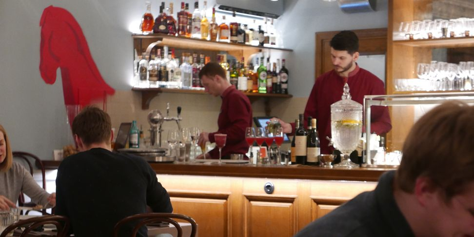 restaurang-tapas-bar-petrov-vodkin-sankt-petersburg-vinbanken