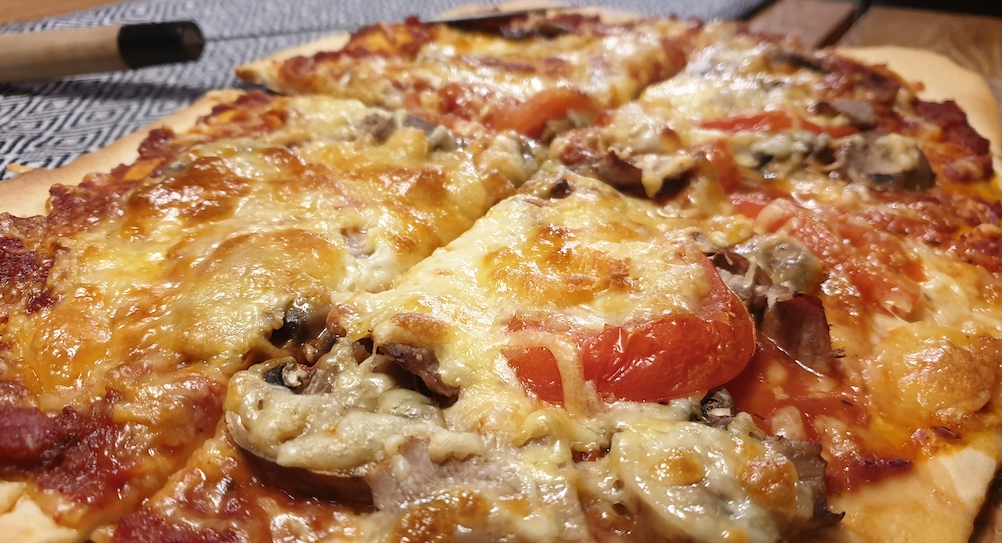 vin-till-pizza-manga-forslag-samt-recept-vinbanken