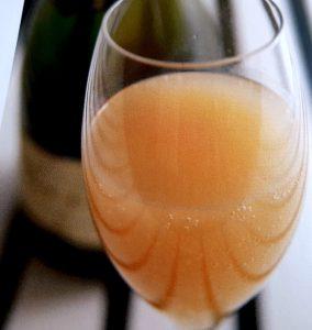 4 drinkar med-mousserande-vin-cava-eller-prosecco-vinbanken-bellini