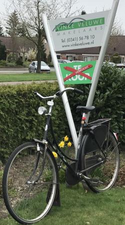 Bord VVM met fiets