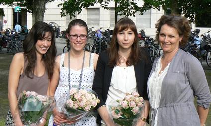 de gauche à droite: Julie Meylan, Camille Cretegny, Laura Jost avec Stéphanie Faure