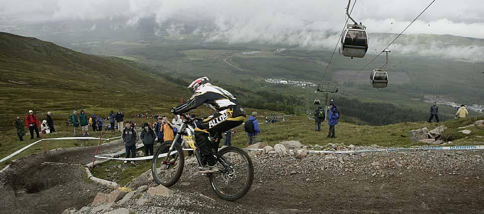 UCI downhill mountain biking