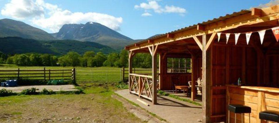 yurt_kitchen.jpg