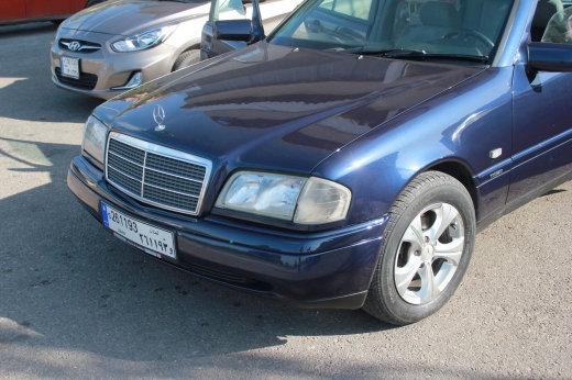 BMW in Saida - Mercedes C200 1997 7800$ excellent cond.