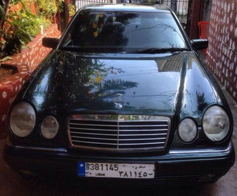 Mercedes-Benz in Tripoli - Mercedes e230 4 cylender