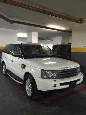 Land Rover in Downtown - Rang sport 2006 , 85000 mil , clean carfax