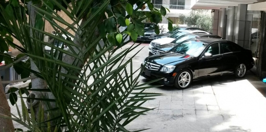 Mercedes-Benz in Downtown - Mercedes c300 AMG KIT 2009 73,000miles