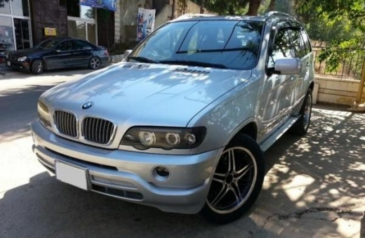 BMW in Beirut - BMW X5 - Model 2000 - 4.4i