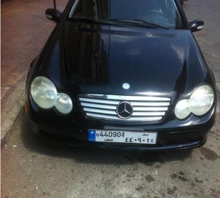 Mercedes c230 kompressor mod 2002 coupe   Beirut
