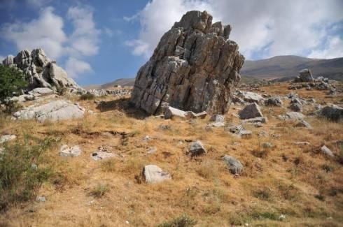 Sports Teams & Partners in Mount Lebanon - Hiking in Jabal El Kneisseh