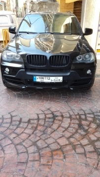 BMW in Beirut - BMW X5 4.8is