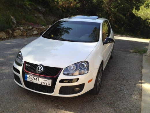 Volkswagen in Eddeh - Golf 5 gti 2006 for sale white vitesse (6eme)