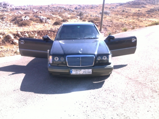 Cars in Zahleh - Mercedes e 300 coupe for sale