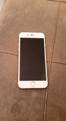 Phones, Mobile Phones & Telecoms in Tripoli - Iphone 6 ( Gold ) For Sale From Canada