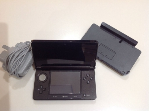 nintendo 3ds cosmo black system pal 1 3ds game 10 ds games