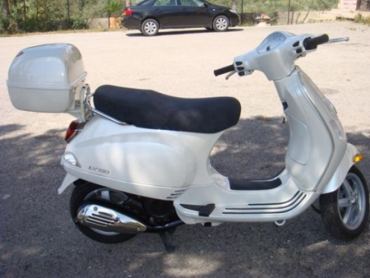 Motorbikes & Scooters in North - 2008 Vespa LX150