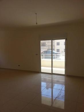 For Sale in Kfar Yassine - Apartment for sale in Kfaryassine