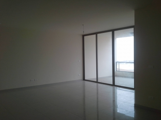 For Sale in Zekrit - Apartment for sale in Zikrit