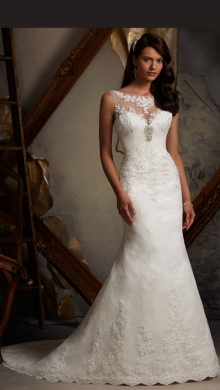 Weddings in Furn el-Chebbak - wedding dress