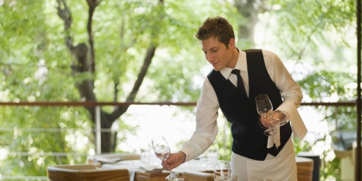 Offered Job in Haddatha - Head barman of waiter needed to live and work in United States.