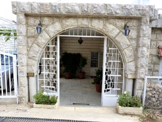 For Sale in Ain Dara - Ref# H.174 Ain Dara 660 m2 House for sale in Ain Dara.