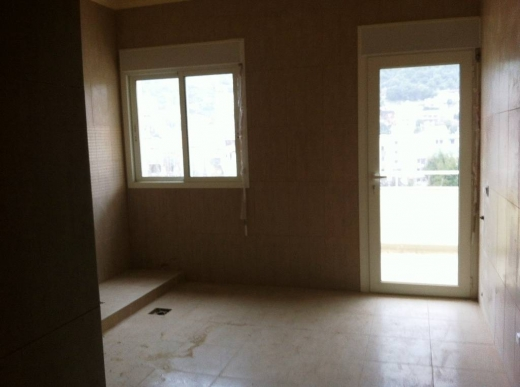 For Sale in Achkout - Apartment for sale in Achkout