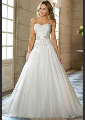 Clothes, Footwear & Accessories in Ain el-Remmaneh - BD15006 - wedding dress