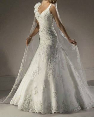 Clothes, Footwear & Accessories in Ain el-Remmaneh - BD15011 - wedding dress
