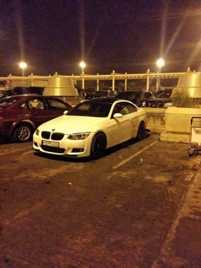Cars in Saadnayel - 335i