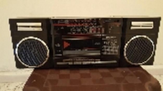 Record Players/Turntables in Habbouche - Toshiba stereo and radio .. جهاز ستيريو وراديو توشيبا