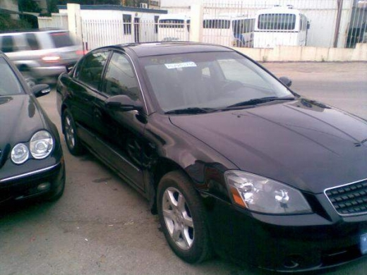Other in Beirut - nissan altima sl very luxury car,4 cyl