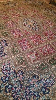 Home & Garden in Al Maarad - Persian carpets for sale