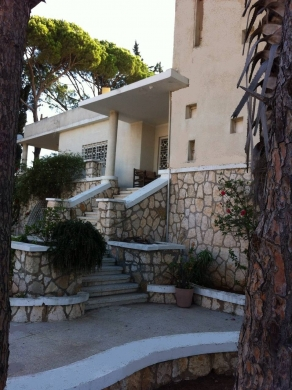 To Rent in Damour -  Independent  House of 300msq