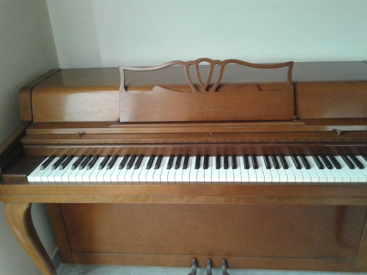 Musical Instruments & DJ Equipment in Antilias - piano yamaha used