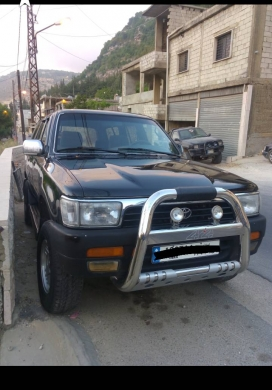 Cars in Jezzine - toyota 4runner