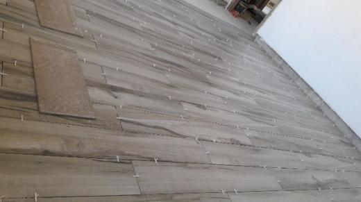 Construction in Amchit - تنفيذ اعمال تلبيس حجر +بلاط +جبصين