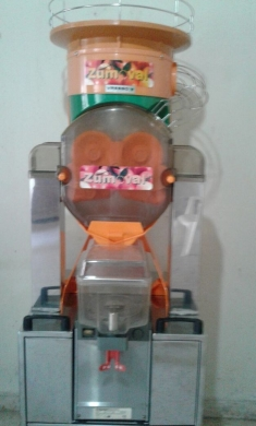 Electrical in Borj Hammoud - Zumoval Automatic orange juicer