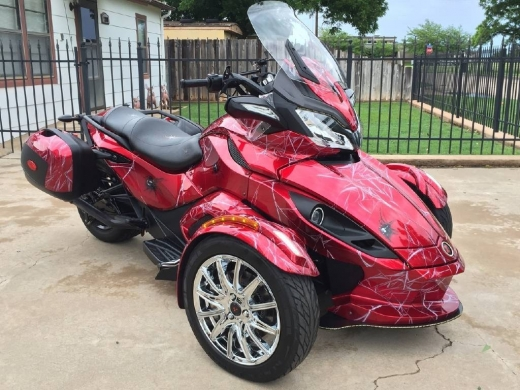 Motorbikes & Scooters in Kfar Bachit - 2014 CAN-AM SPIDER.;CONTACT ME ON .WHATSAPP VIA : +447447243805