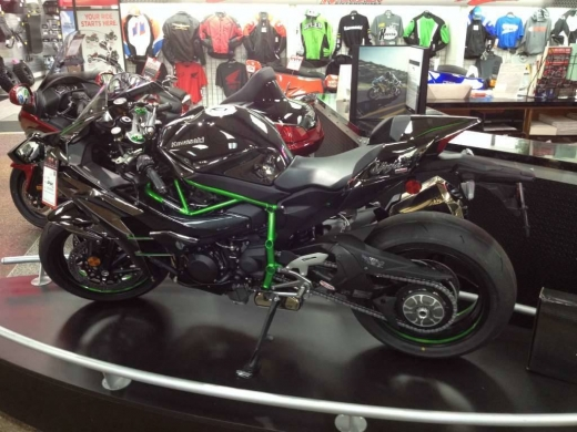 Motorbikes & Scooters in Torzaya - 2015 Kawasaki Ninja H2.... CONTACT VIA Whatsap.number....+13478855374