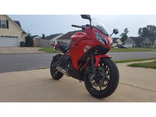 Motorbikes & Scooters in Ain Baniyeh - 2012 Ninja 650R with 5,667 miles on it,Whatsapp +237670515880