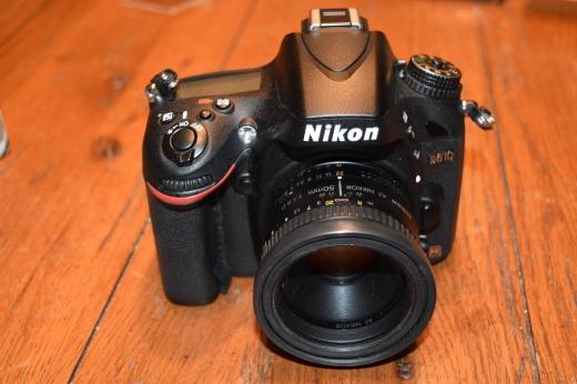 Cameras, Camcorders & Studio Equipment in Bir Hassan - Nikon D610 FX-format 24.3MP DSLR Camera