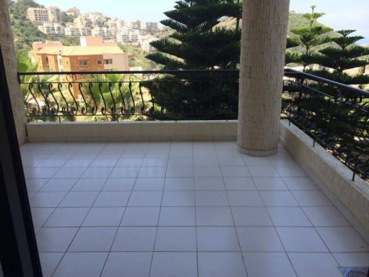 For Sale in Zekrit - Apartment for sale in Zekrit
