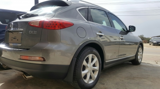 Infiniti in Bsarma - CLEAN TITLE INFINITY EX 35 journey 4wd 2010 4wd 5 cams technology