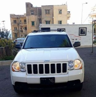 Jeep in Beirut - 2010 Grand Cherokee call for our Special offer