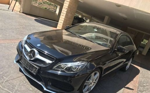 Mercedes-Benz in Mount Lebanon - 2010 Mercedes benz e coupe 350 look 2015 very clean
