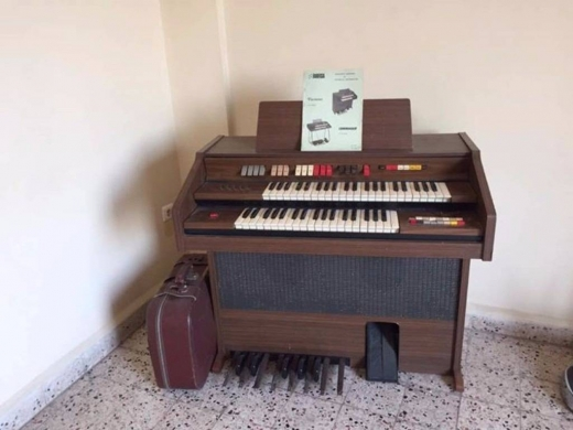 Musical Instruments & DJ Equipment in Furn Al Chebak - Farfisa commander partner 8 organ