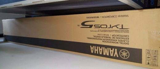 Musical Instruments & DJ Equipment in Abbassiyeh - Yamaha Tyros 5 / Tyros 4 / Yamaha Motif XS8 / Motif XS7 76 keys
